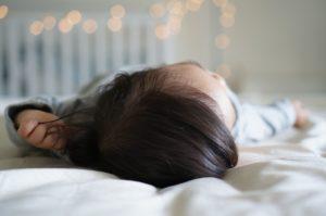 Nauczyć dziecko samodzielnego zasypiania